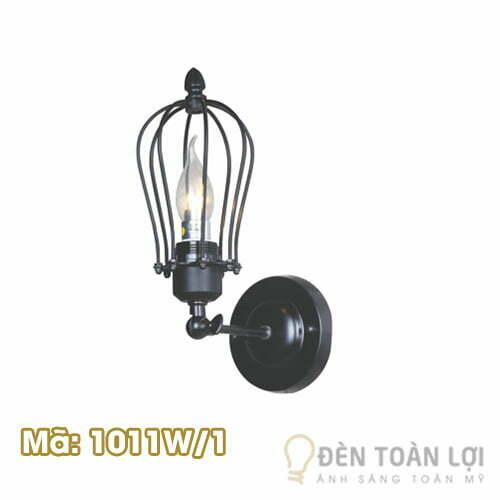 Mẫu đèn vách lồng sắt quanh bóng Mã 1011W