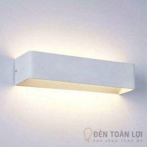 Đèn Vách Mẫu đèn tường led màu trắng hình chữ nhật sang trọng