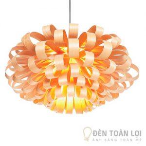 Đèn gỗ Mẫu đèn hình hoa hải đường cho không gian quán cafe ấm cúng, hài hòa (1)