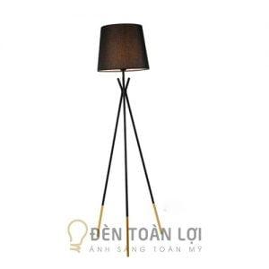 Đèn bàn Mẫu đèn câ đứng 3 chân góc sofa mã DD3032 ĐEN