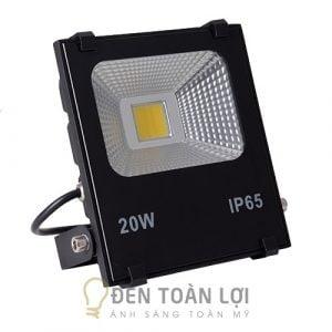 Đèn pha ngoài trời chống nước 20W, 30W, 50W, 100W, 200W màu đen giá rẻ tphcm (4)